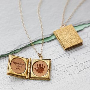normal_handprint-storybook-locket-necklace
